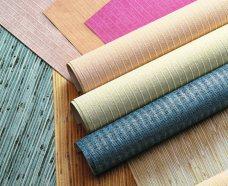 Обои— поулярный материал для облицовки стен ипотолков внутри помещений.